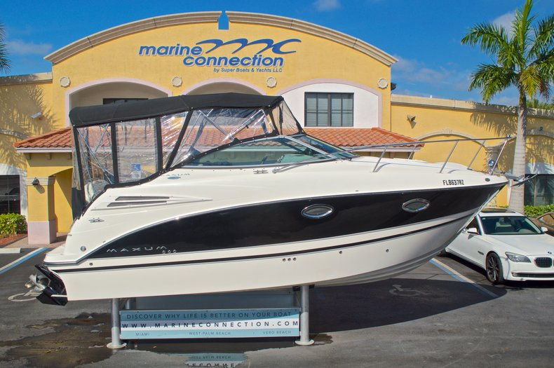 Thumbnail 9 for Used 2007 Maxum 2400 SE boat for sale in West Palm Beach, FL