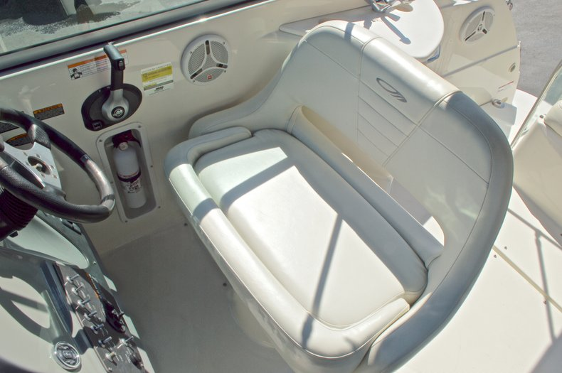 Thumbnail 25 for Used 2007 Maxum 2400 SE boat for sale in West Palm Beach, FL