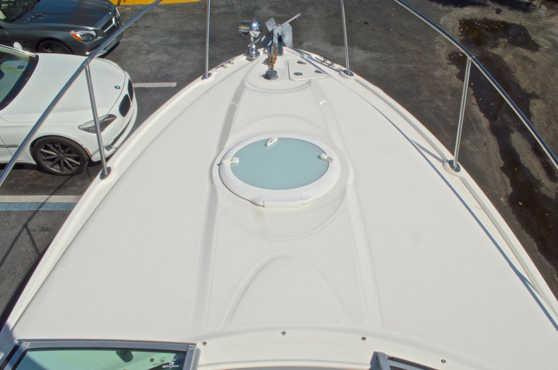 Thumbnail 39 for Used 2007 Maxum 2400 SE boat for sale in West Palm Beach, FL