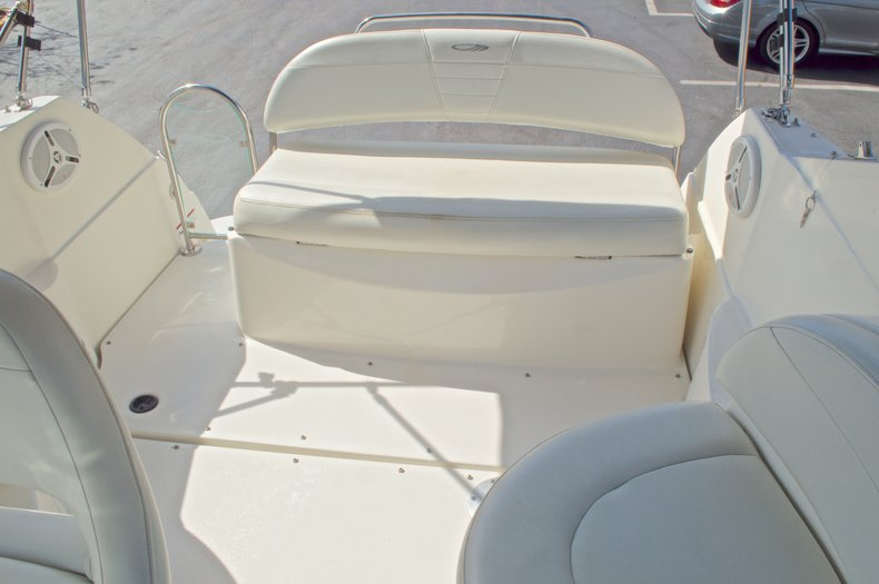 Thumbnail 13 for Used 2007 Maxum 2400 SE boat for sale in West Palm Beach, FL
