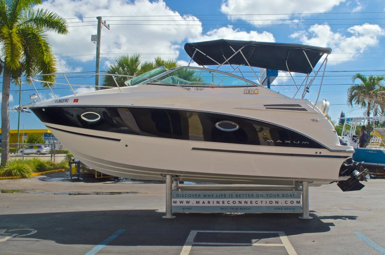 Thumbnail 5 for Used 2007 Maxum 2400 SE boat for sale in West Palm Beach, FL