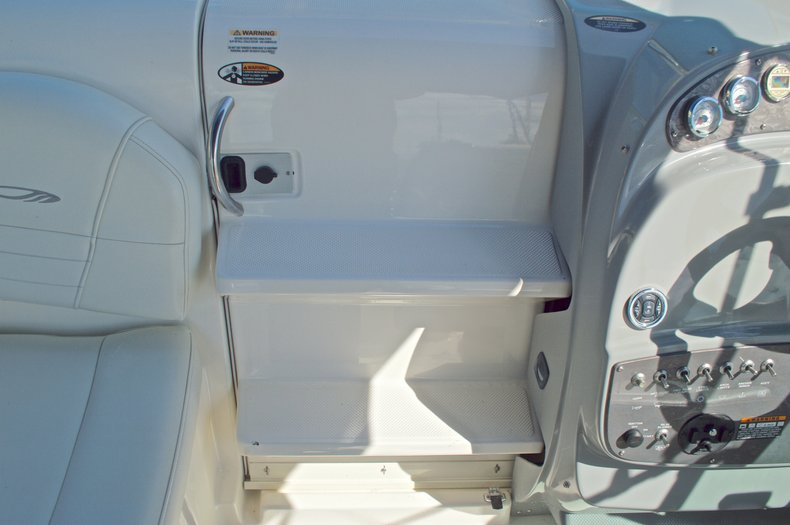 Thumbnail 41 for Used 2007 Maxum 2400 SE boat for sale in West Palm Beach, FL