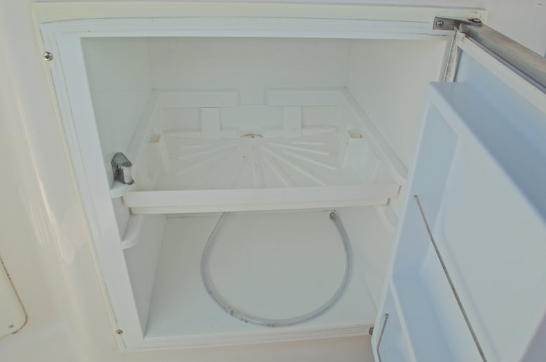 Thumbnail 21 for Used 2002 Monterey 262 Cruiser boat for sale in West Palm Beach, FL