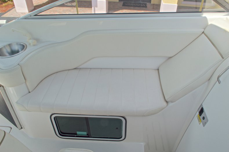 Thumbnail 39 for Used 2002 Monterey 262 Cruiser boat for sale in West Palm Beach, FL