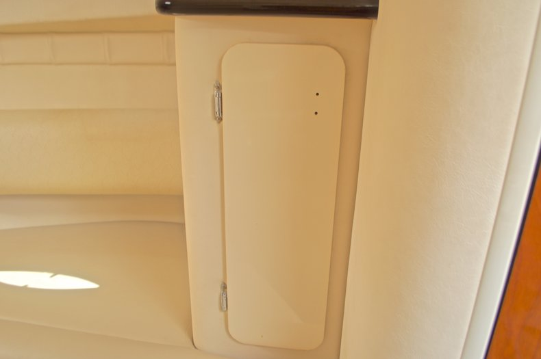 Thumbnail 55 for Used 2002 Monterey 262 Cruiser boat for sale in West Palm Beach, FL