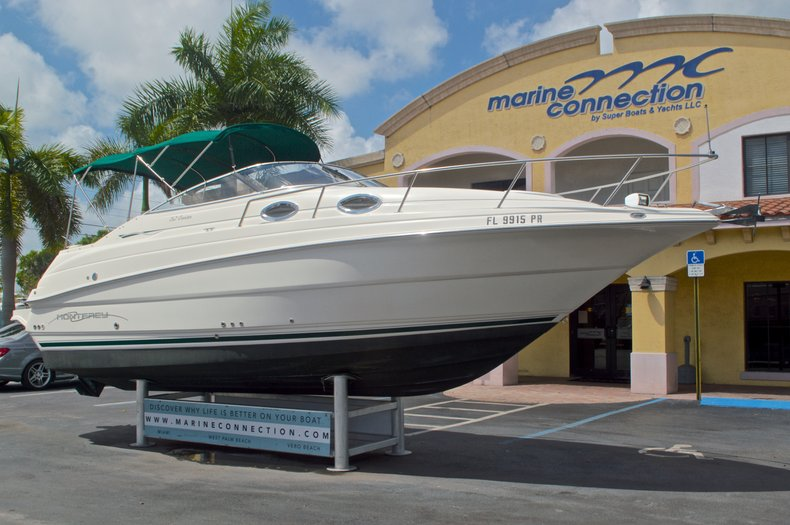 Thumbnail 1 for Used 2002 Monterey 262 Cruiser boat for sale in West Palm Beach, FL