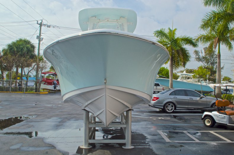 Thumbnail 2 for Used 2014 Sportsman Heritage 231 Center Console boat for sale in West Palm Beach, FL