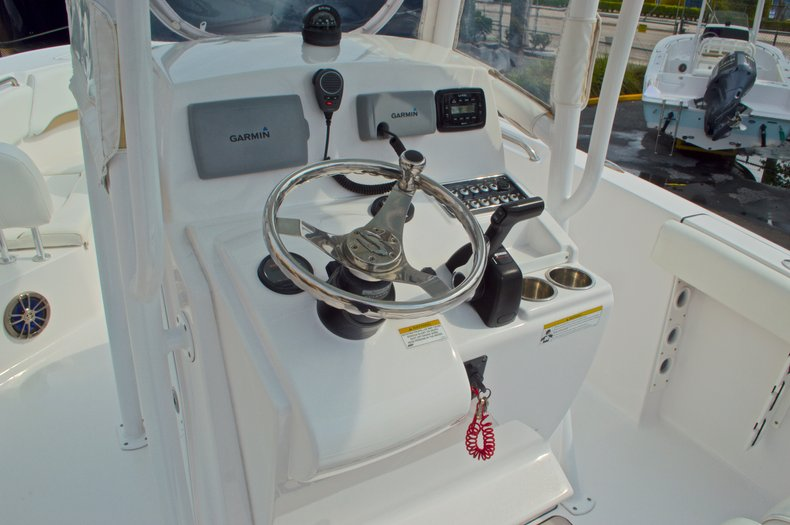 Thumbnail 30 for Used 2014 Sportsman Heritage 231 Center Console boat for sale in West Palm Beach, FL