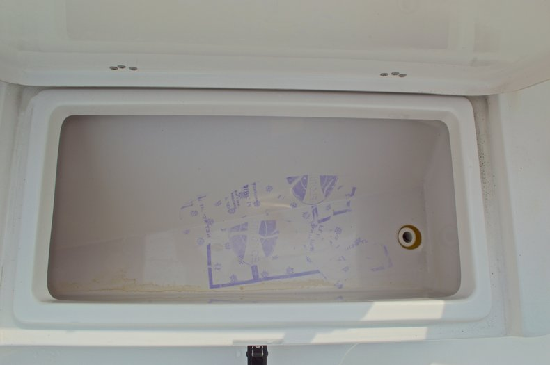 Thumbnail 54 for Used 2014 Sportsman Heritage 231 Center Console boat for sale in West Palm Beach, FL