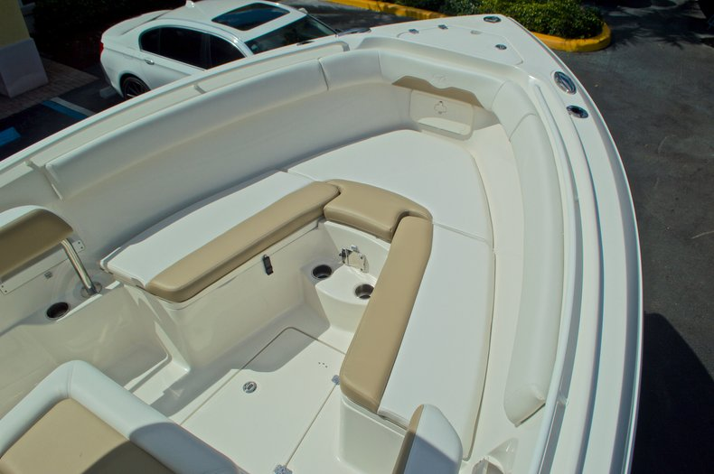 Thumbnail 28 for New 2016 Sailfish 270 CC Center Console boat for sale in West Palm Beach, FL