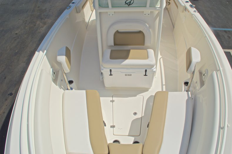 Thumbnail 30 for New 2016 Sailfish 270 CC Center Console boat for sale in West Palm Beach, FL