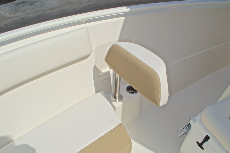 Thumbnail 32 for New 2016 Sailfish 270 CC Center Console boat for sale in West Palm Beach, FL