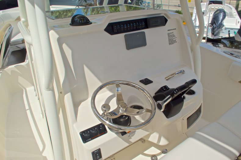 Thumbnail 21 for New 2016 Sailfish 270 CC Center Console boat for sale in West Palm Beach, FL
