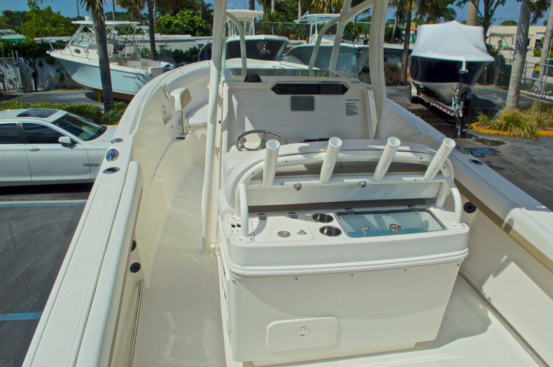 Thumbnail 8 for New 2016 Sailfish 270 CC Center Console boat for sale in West Palm Beach, FL
