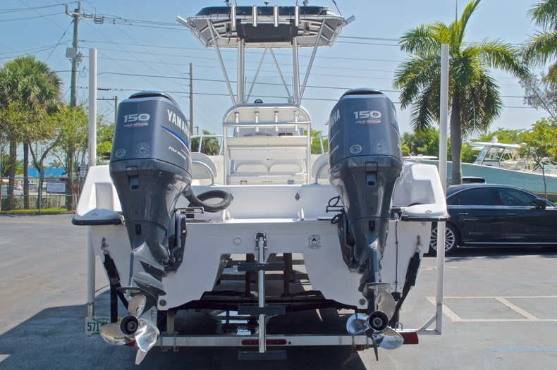 Image 2 for 2005 Twin Vee 26 CC Center Console in West Palm Beach, FL