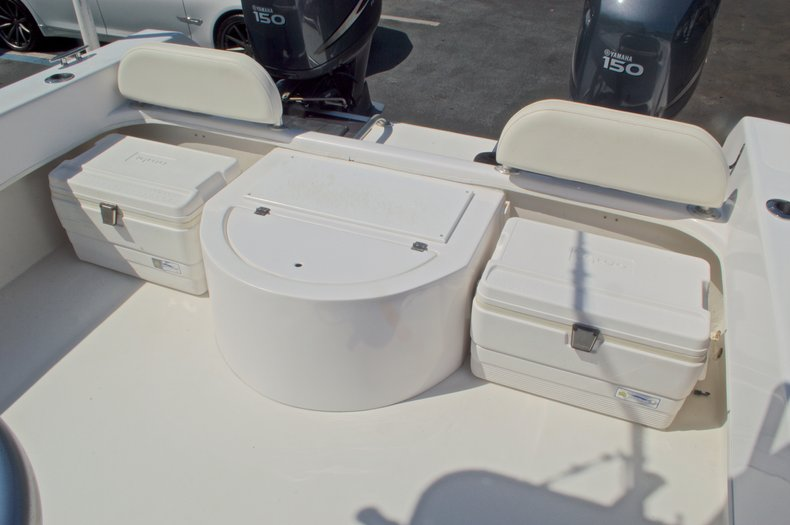 Image 14 for 2005 Twin Vee 26 CC Center Console in West Palm Beach, FL