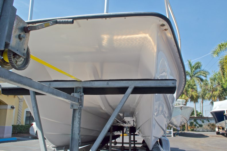 Image 8 for 2005 Twin Vee 26 CC Center Console in West Palm Beach, FL