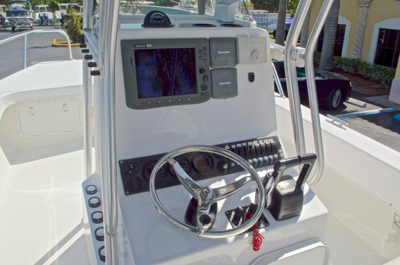 Image 30 for 2005 Twin Vee 26 CC Center Console in West Palm Beach, FL