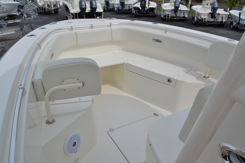 Thumbnail 12 for New 2016 Cobia 261 Center Console boat for sale in West Palm Beach, FL