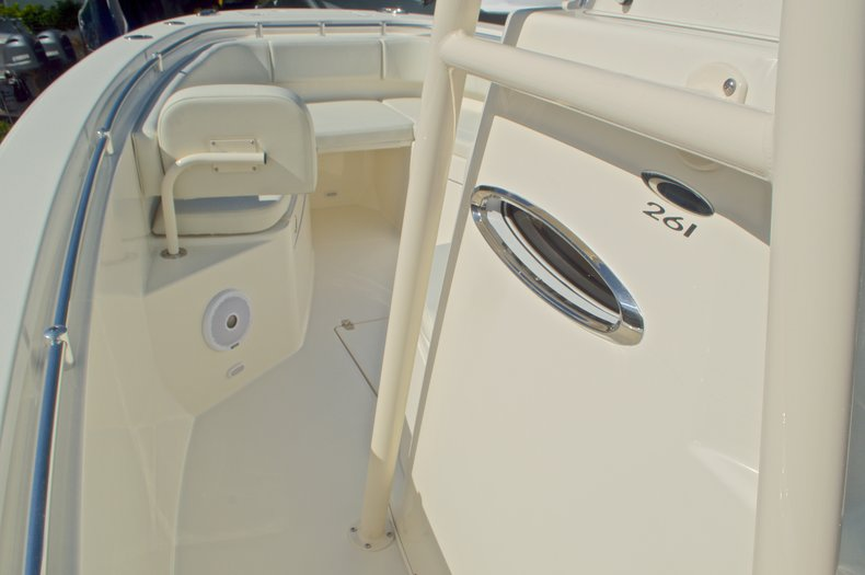 Thumbnail 39 for New 2016 Cobia 261 Center Console boat for sale in West Palm Beach, FL