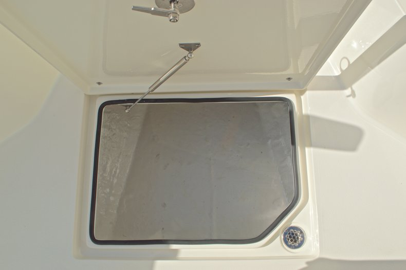 Thumbnail 49 for New 2016 Cobia 261 Center Console boat for sale in West Palm Beach, FL