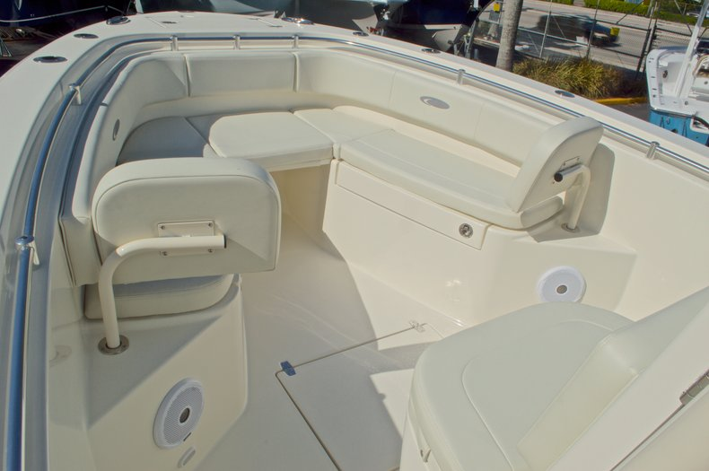 Thumbnail 40 for New 2016 Cobia 261 Center Console boat for sale in West Palm Beach, FL