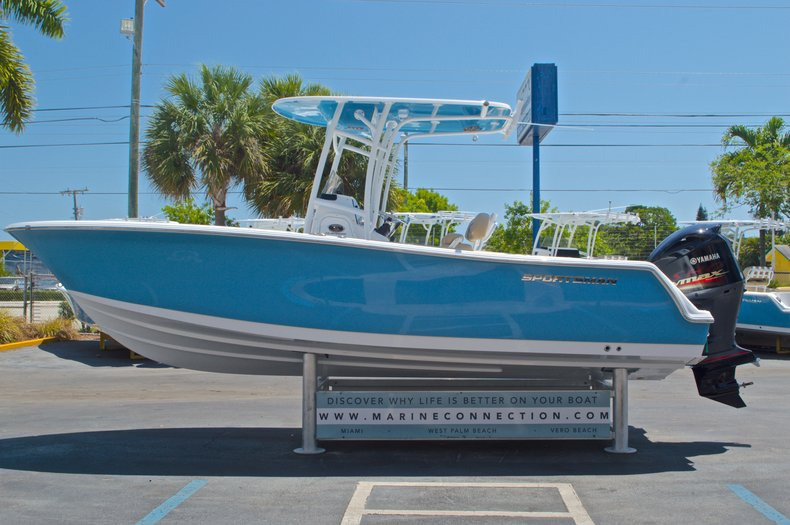 Thumbnail 5 for New 2016 Sportsman Heritage 231 Center Console boat for sale in West Palm Beach, FL