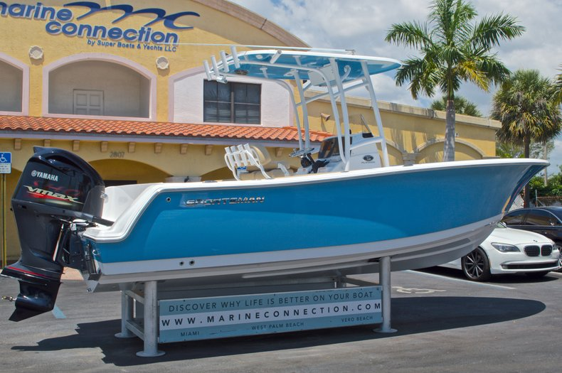 Thumbnail 8 for New 2016 Sportsman Heritage 231 Center Console boat for sale in West Palm Beach, FL