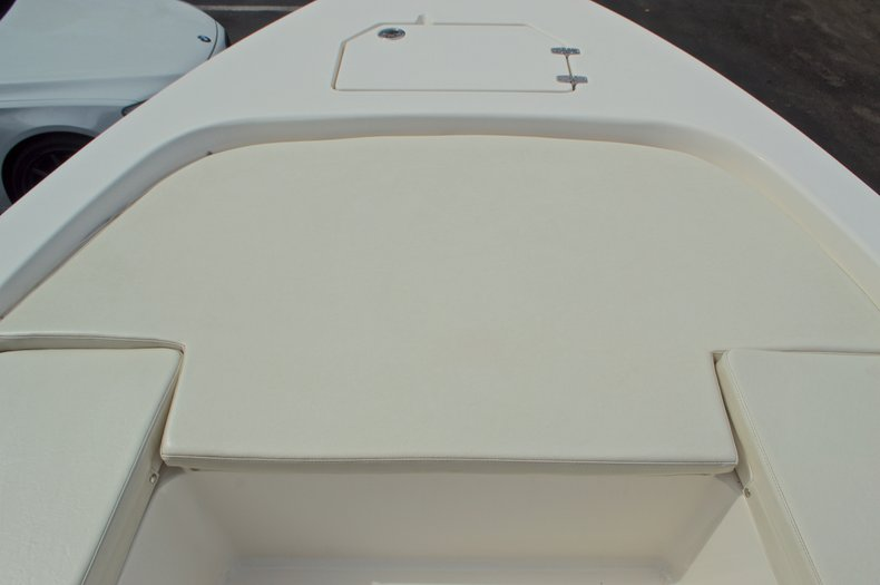 Thumbnail 46 for Used 2013 Pathfinder 2200 TRS Bay Boat boat for sale in West Palm Beach, FL