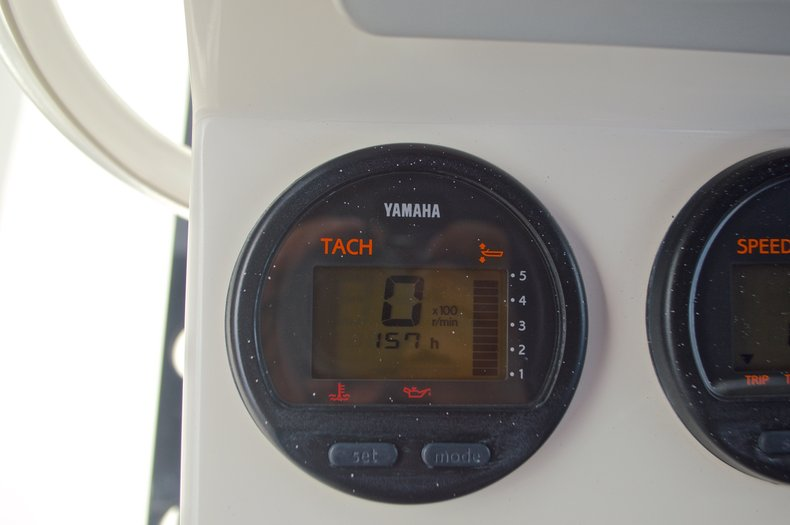 Thumbnail 34 for Used 2013 Pathfinder 2200 TRS Bay Boat boat for sale in West Palm Beach, FL