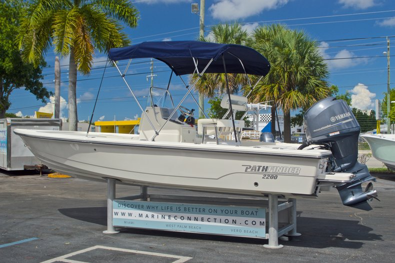 Thumbnail 5 for Used 2013 Pathfinder 2200 TRS Bay Boat boat for sale in West Palm Beach, FL