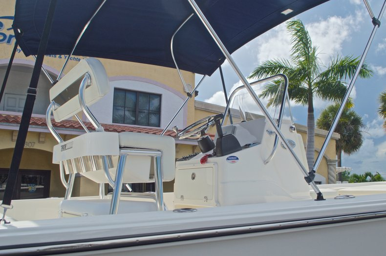 Thumbnail 8 for Used 2013 Pathfinder 2200 TRS Bay Boat boat for sale in West Palm Beach, FL