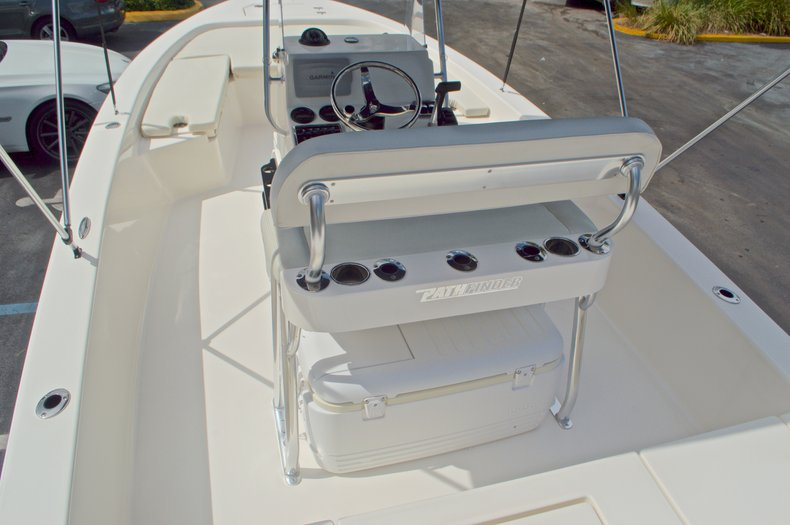 Thumbnail 13 for Used 2013 Pathfinder 2200 TRS Bay Boat boat for sale in West Palm Beach, FL