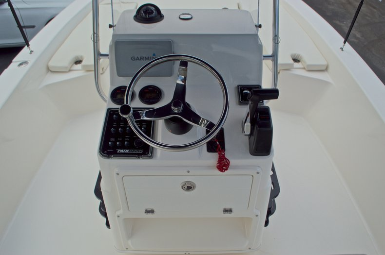 Thumbnail 29 for Used 2013 Pathfinder 2200 TRS Bay Boat boat for sale in West Palm Beach, FL