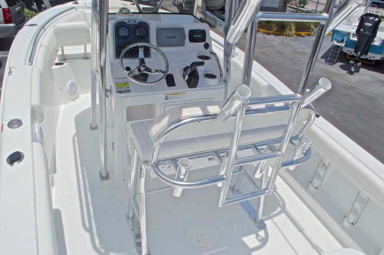Thumbnail 13 for Used 2013 Sea Hunt 210 Triton boat for sale in West Palm Beach, FL