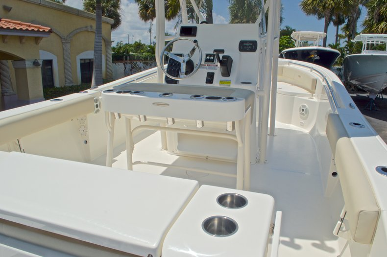 Thumbnail 12 for New 2016 Cobia 220 Center Console boat for sale in West Palm Beach, FL
