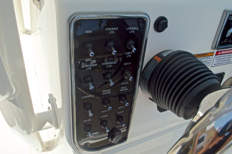 Thumbnail 30 for New 2016 Cobia 220 Center Console boat for sale in West Palm Beach, FL