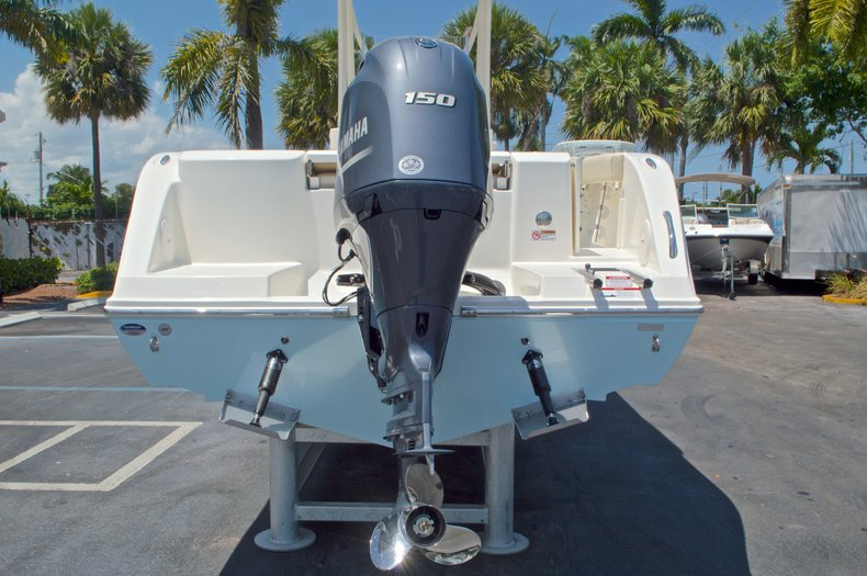 Thumbnail 8 for New 2016 Cobia 220 Center Console boat for sale in West Palm Beach, FL
