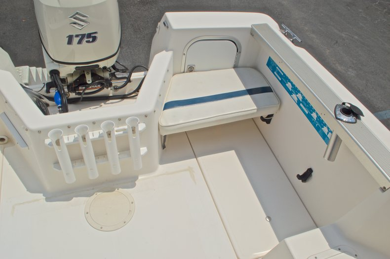 Thumbnail 31 for Used 1998 Bayliner Trophy 2002 WA Walkaround boat for sale in West Palm Beach, FL