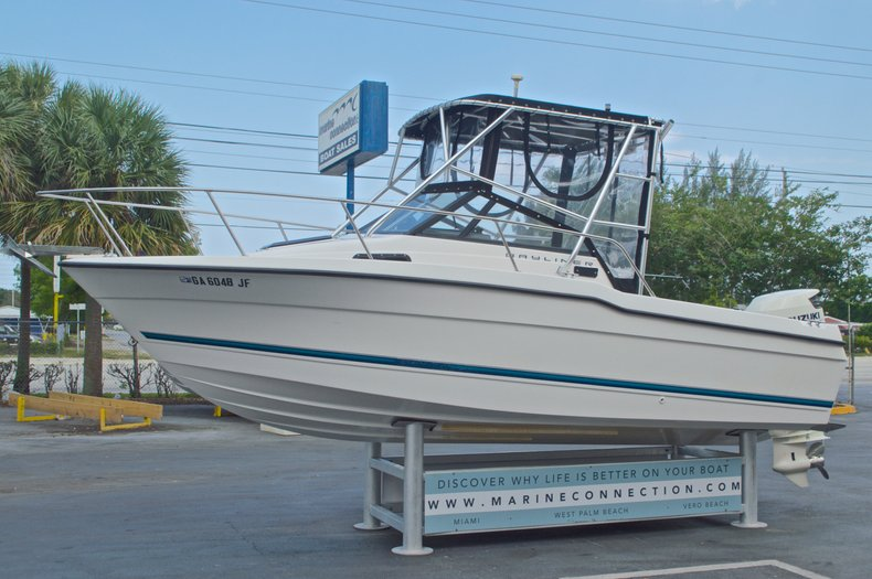 Thumbnail 3 for Used 1998 Bayliner Trophy 2002 WA Walkaround boat for sale in West Palm Beach, FL