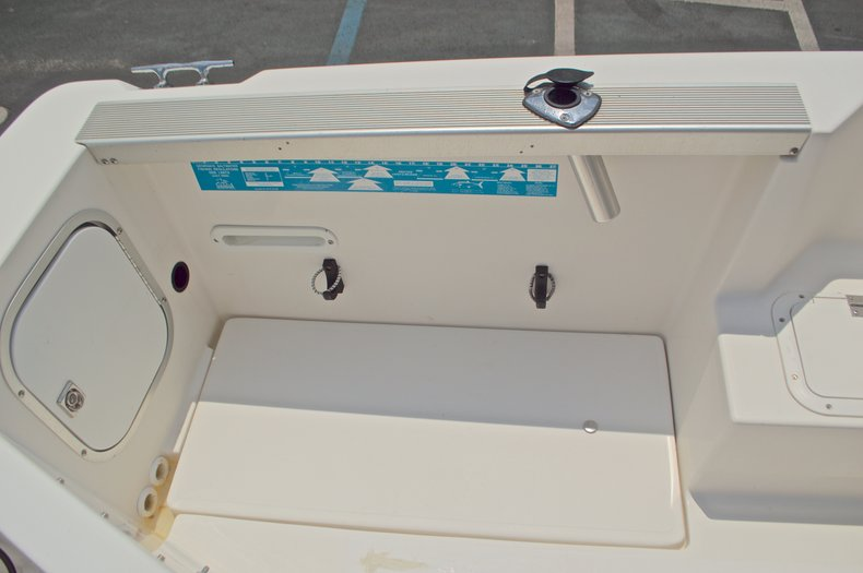 Thumbnail 33 for Used 1998 Bayliner Trophy 2002 WA Walkaround boat for sale in West Palm Beach, FL