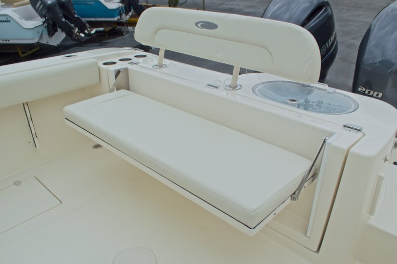 Thumbnail 13 for New 2016 Cobia 277 Center Console boat for sale in West Palm Beach, FL
