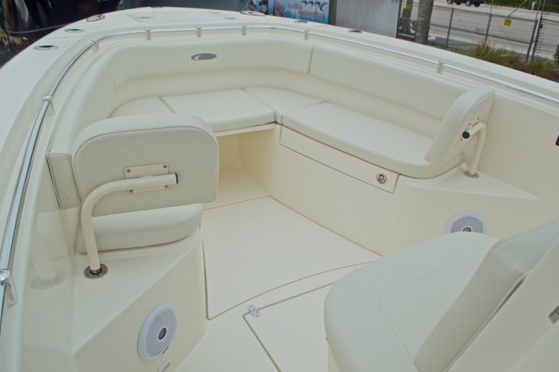 Thumbnail 49 for New 2016 Cobia 277 Center Console boat for sale in West Palm Beach, FL