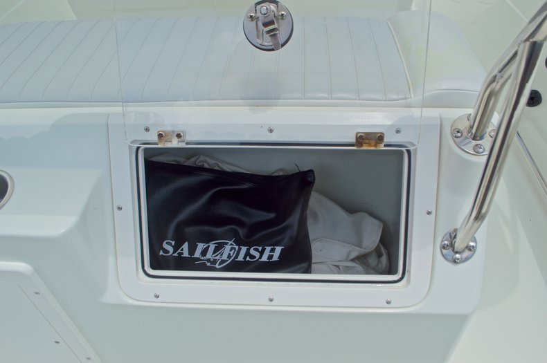 Thumbnail 22 for Used 2007 Sailfish 2360 CC Center Console boat for sale in West Palm Beach, FL