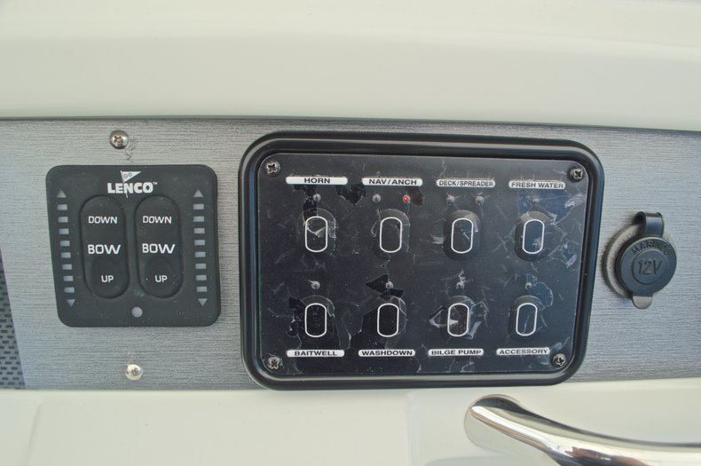 Thumbnail 31 for Used 2007 Sailfish 2360 CC Center Console boat for sale in West Palm Beach, FL