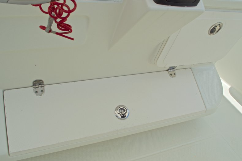 Thumbnail 33 for Used 2007 Sailfish 2360 CC Center Console boat for sale in West Palm Beach, FL