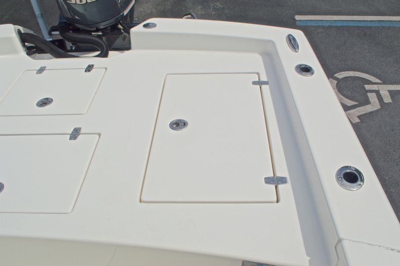 Thumbnail 25 for Used 2014 Pathfinder 2600 HPS Bay Boat boat for sale in West Palm Beach, FL