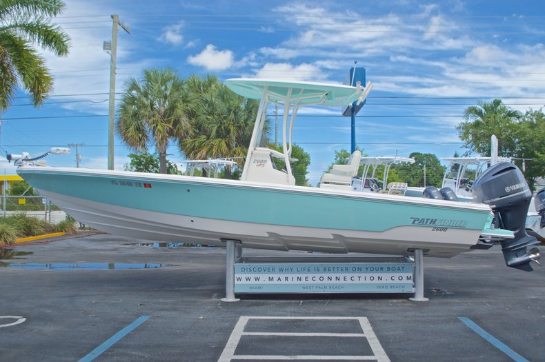 Thumbnail 6 for Used 2014 Pathfinder 2600 HPS Bay Boat boat for sale in West Palm Beach, FL