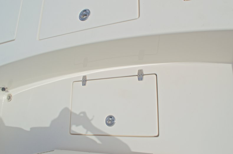 Thumbnail 26 for Used 2014 Pathfinder 2600 HPS Bay Boat boat for sale in West Palm Beach, FL