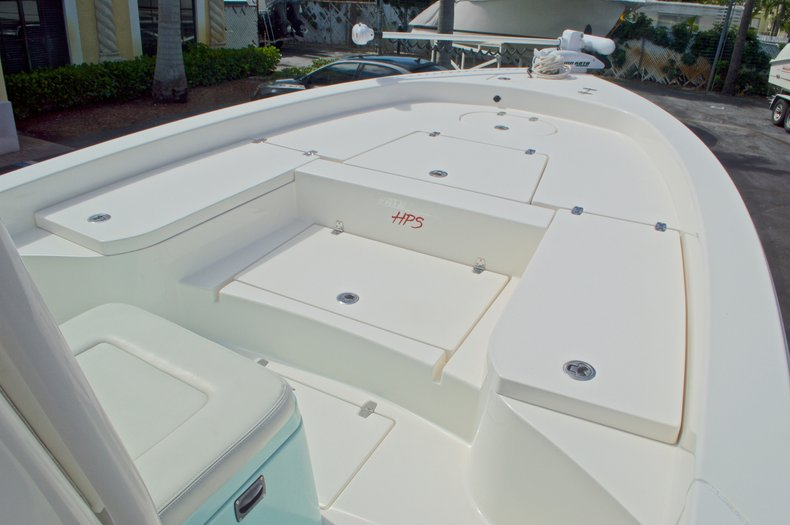 Thumbnail 55 for Used 2014 Pathfinder 2600 HPS Bay Boat boat for sale in West Palm Beach, FL